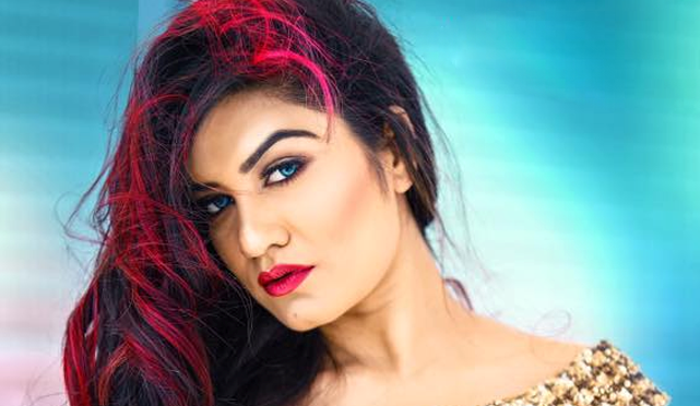 Kaur B (Baljinder Kaur) : wiki, age, height, songs, album, net ...