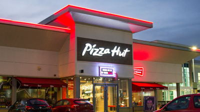 Pizza Hut offering cash, Super Bowl tickets to family that gives ...